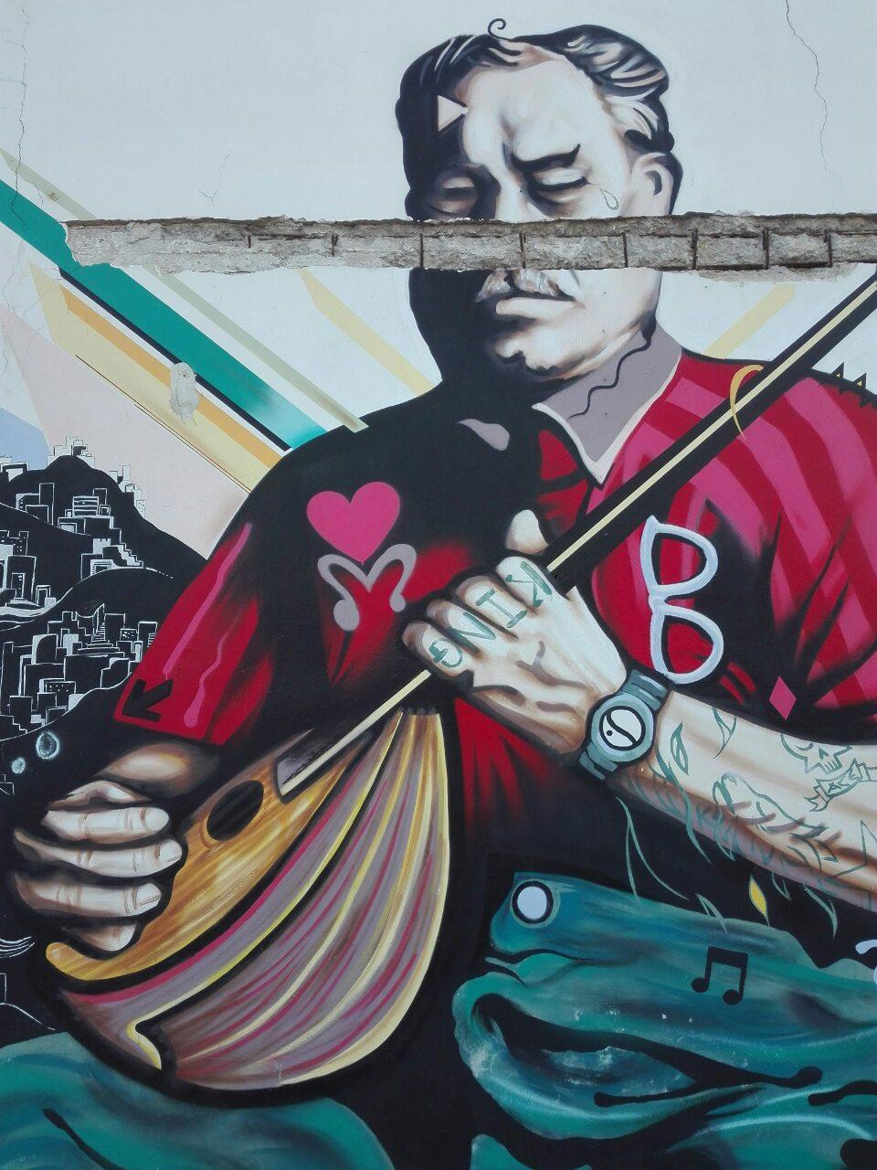 "Report: Street Art Syros - μία επισκόπηση των έργων του 1ου ""Stray Art Festival"""